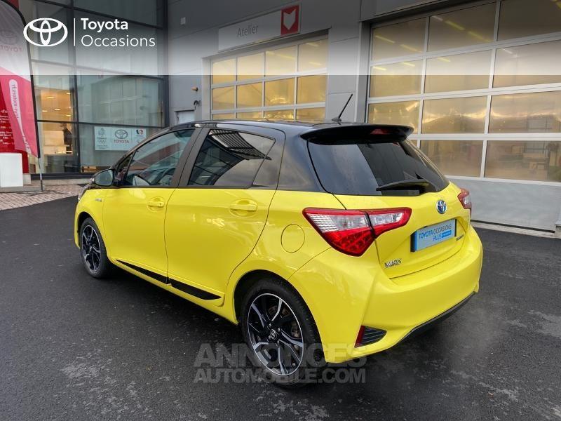 Toyota Yaris 100h Collection Jaune 5p - <small></small> 14.990 € <small>TTC</small> - #2