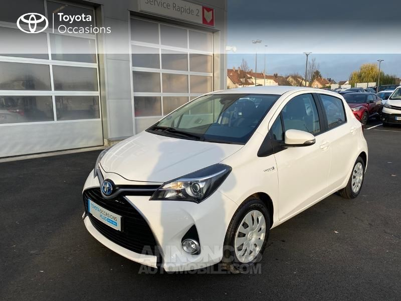 Toyota Yaris 100h Dynamic Business 5p - <small></small> 14.990 € <small>TTC</small> - #1
