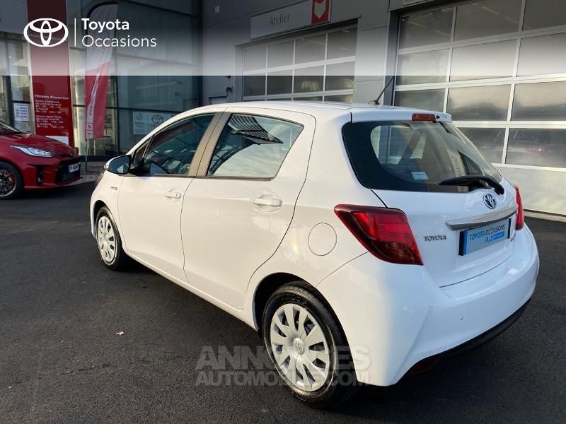 Toyota Yaris 100h Dynamic Business 5p - <small></small> 14.990 € <small>TTC</small> - #2