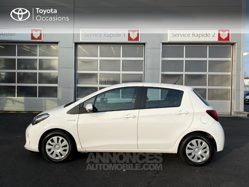 Toyota Yaris 100h Dynamic Business 5p - <small></small> 14.990 € <small>TTC</small> - #3
