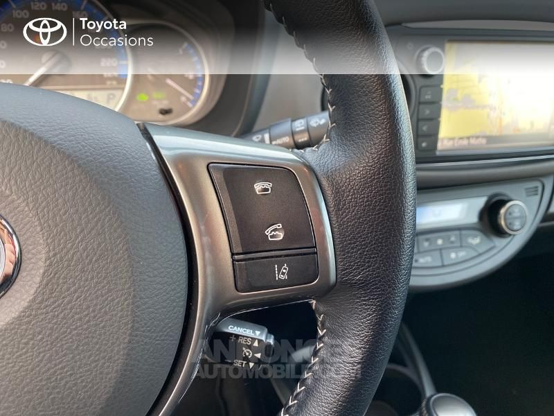 Toyota Yaris 100h Dynamic Business 5p - <small></small> 14.990 € <small>TTC</small> - #9