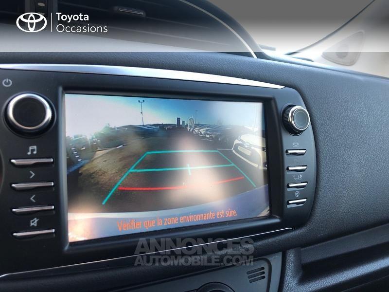 Toyota Yaris HSD 100h Dynamic 5p - <small></small> 14.990 € <small>TTC</small> - #19
