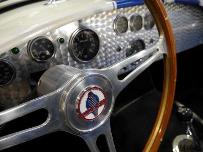 AC Cobra REPLICA REPLICA - <small></small> 85.000 € <small>TTC</small>