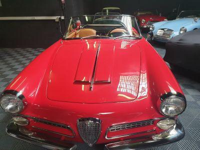 Alfa Romeo 2000 Spider Touring - <small></small> 110.000 € <small>TTC</small>