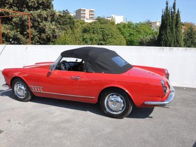 Alfa Romeo 2000 TOURING SPIDER - <small>A partir de </small>1.090 EUR <small>/ mois</small> - #19