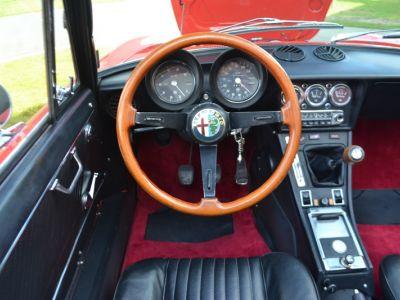 Alfa Romeo Spider 2000 Veloce - <small></small> 30.750 € <small>TTC</small> - #9