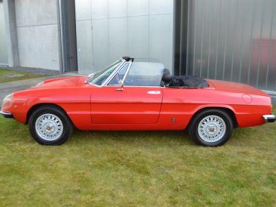 Alfa Romeo Spider 2000 Veloce - <small></small> 30.750 € <small>TTC</small> - #23