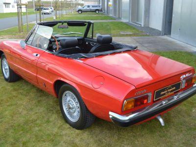 Alfa Romeo Spider 2000 Veloce - <small></small> 30.750 € <small>TTC</small> - #24