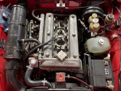 Alfa Romeo Spider Romeo 1750 Veloce - <small></small> 27.000 € <small>TTC</small> - #21