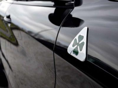 Alfa Romeo Stelvio Quadrifoglio - - Lichte Vracht Utilitaire - - Black Black - <small></small> 54.900 € <small>TTC</small> - #6
