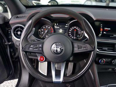 Alfa Romeo Stelvio Quadrifoglio - - Lichte Vracht Utilitaire - - Black Black - <small></small> 54.900 € <small>TTC</small> - #17