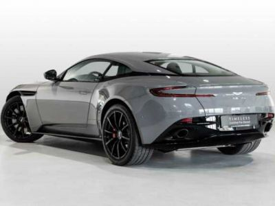 Aston Martin DB11 AMR V12 # PUISSANCE & ELEGANCE#BODYPACK BLACK - <small></small> 156.800 € <small>TTC</small>