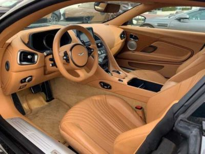 Aston Martin DB11 FLASH DEAL#PACK LUXE# BODYPACK BLACK#FULL OPTIONS - <small></small> 119.900 € <small>TTC</small>