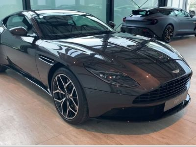 Aston Martin DB11 V12 - <small></small> 210.000 € <small>TTC</small>