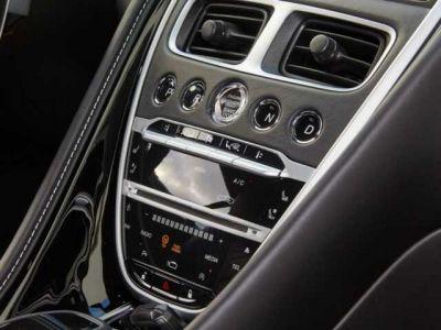 Aston Martin DB11 V2 bi-turbo - <small></small> 159.000 € <small>TTC</small>