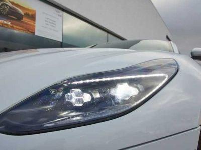 Aston Martin DB11 V2 bi-turbo - <small></small> 167.900 € <small>TTC</small>