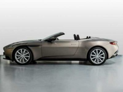 Aston Martin DB11 VOLANTE V8 4.0 MODEL 2020 BLACK BODYPACK - <small></small> 188.800 € <small>TTC</small>