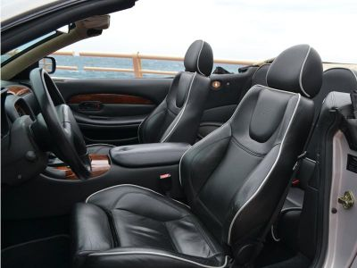 Aston Martin DB7 Volante V 12 6.0 Cabriolet - <small></small> 49.500 € <small>TTC</small>