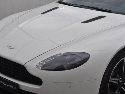 Aston Martin V8 Vantage 4.7 V8 N430 SPORTSHIFT II - <small>A partir de </small>1.190 EUR <small>/ mois</small> - #16