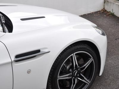 Aston Martin V8 Vantage 4.7 V8 N430 SPORTSHIFT II - <small>A partir de </small>1.190 EUR <small>/ mois</small> - #19