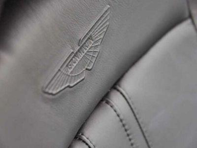 Aston Martin V8 Vantage NEW VANTAGE#Bodypack Black#Pack Sport Plus - <small></small> 169.900 € <small>TTC</small>