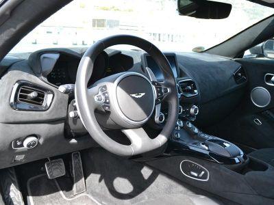 Aston Martin V8 Vantage Standard Base 3p - <small></small> 139.000 € <small>TTC</small>