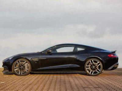 Aston Martin VANQUISH S PACK CARBONE - <small></small> 204.900 € <small>TTC</small>