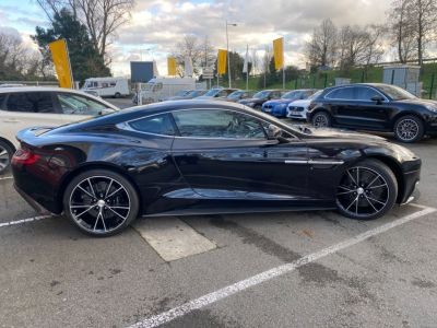 Aston Martin VANQUISH V12 5.9 574CH TOUCHTRONIC 2 - <small></small> 144.700 € <small>TTC</small>