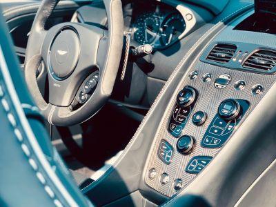 Aston Martin VANQUISH VOLANTE CARBON EDITION - <small></small> 180.000 € <small>TTC</small>
