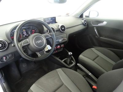 Audi A1 1.0 TFSI 95ch ultra Ambiente - <small></small> 15.290 € <small>TTC</small>