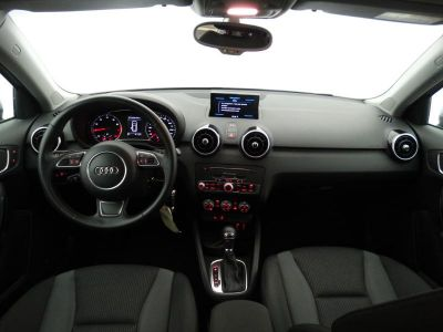 Audi A1 Sportback 1.0 TFSI 95ch ultra Ambiente S tronic 7 - <small></small> 19.490 € <small>TTC</small>