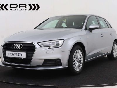 Audi A3 1.6 TDi ATTRACTION NAVIGATIE - PDC - TOPSTAAT ! - <small></small> 15.495 € <small>TTC</small> - #1