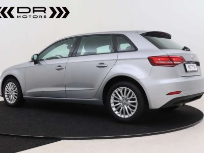 Audi A3 1.6 TDi ATTRACTION NAVIGATIE - PDC - TOPSTAAT ! - <small></small> 15.495 € <small>TTC</small> - #3