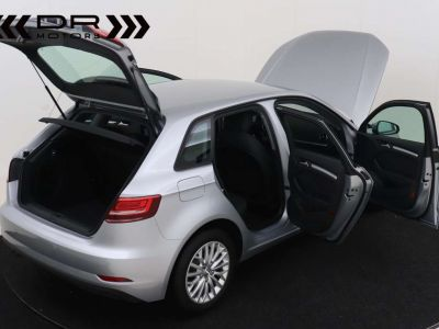 Audi A3 1.6 TDi ATTRACTION NAVIGATIE - PDC - TOPSTAAT ! - <small></small> 15.495 € <small>TTC</small> - #4