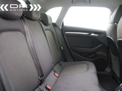 Audi A3 1.6 TDi ATTRACTION NAVIGATIE - PDC - TOPSTAAT ! - <small></small> 15.495 € <small>TTC</small> - #8