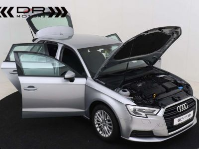 Audi A3 1.6 TDi ATTRACTION NAVIGATIE - PDC - TOPSTAAT ! - <small></small> 15.495 € <small>TTC</small> - #12