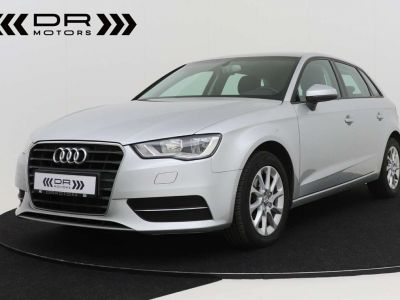 Audi A3 1.6 TDi Attraction S tronic - LEDER - GPS - PDC - <small></small> 12.995 € <small>TTC</small> - #1