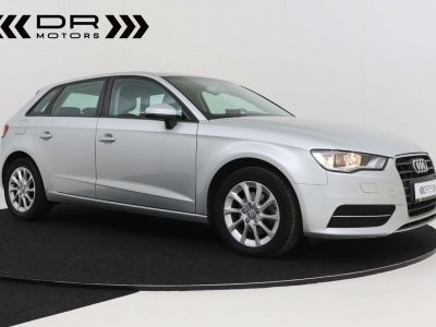 Audi A3 1.6 TDi Attraction S tronic - LEDER - GPS - PDC - <small></small> 12.995 € <small>TTC</small> - #2