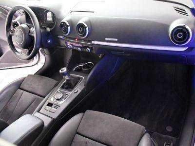 Audi A3 Berline 2.0 TDI 150 S-Line Ambition Luxe Quattro Boite 6 GPS Matrix Cuir Alcantara Régulateur JA 18 - <small></small> 18.990 € <small>TTC</small> - #4