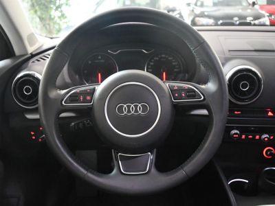 Audi A3 Berline 2.0 TDI 150 S-Line Ambition Luxe Quattro Boite 6 GPS Matrix Cuir Alcantara Régulateur JA 18 - <small></small> 18.990 € <small>TTC</small> - #5