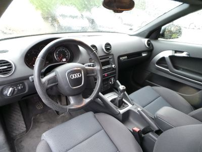 Audi A3 Cabriolet 1.6 TDI 105CH DPF START/STOP AMBITION - <small></small> 9.490 € <small>TTC</small>