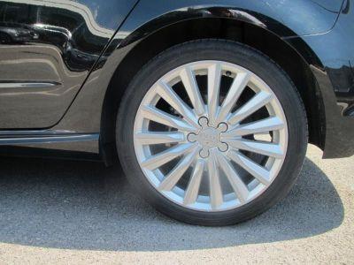 Audi A3 Sportback 1.4 TFSI 204ch e-tron Ambition Luxe S tronic 6 - <small></small> 27.900 € <small>TTC</small>