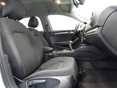 Audi A3 Sportback 30 TDI 116CH BUSINESS LINE S TRONIC 7 EURO6D-T - <small></small> 17.950 € <small>TTC</small> - #13
