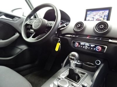 Audi A3 Sportback 30 TDI 116CH BUSINESS LINE S TRONIC 7 EURO6D-T - <small></small> 17.950 € <small>TTC</small> - #15