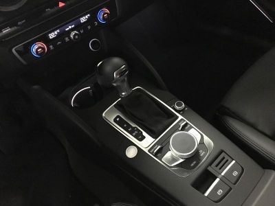 Audi A3 Sportback 35 TFSI 150ch CoD Design luxe S tronic 7 - <small></small> 38.900 € <small>TTC</small>