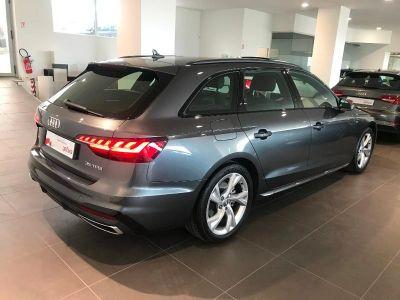 Audi A4 Avant 35 TFSI 150ch S line S tronic 7 - <small></small> 42.600 € <small>TTC</small>