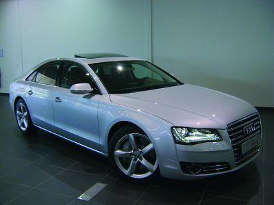 Audi A8 V8 4.2L TDi Avus Quattro Tiptronic - <small></small> 111.900 € <small>TTC</small>