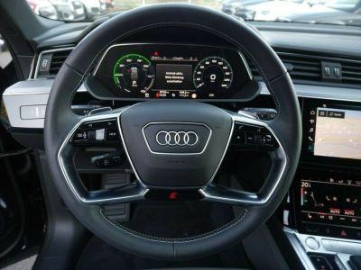 Audi E-tron s-line  - <small></small> 91.800 € <small>TTC</small>