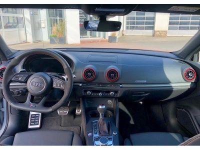 Audi RS3 2,5l TFSI 400ch - <small></small> 61.000 € <small></small>