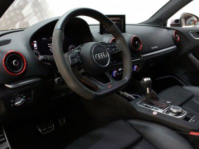 Audi RS3 AUDI RS3 400CH / 1°main / PACK DESIGN / TO / MAGNETIC RIDE / CAMERA / MATRIX LED / - <small></small> 53.900 € <small>TTC</small>